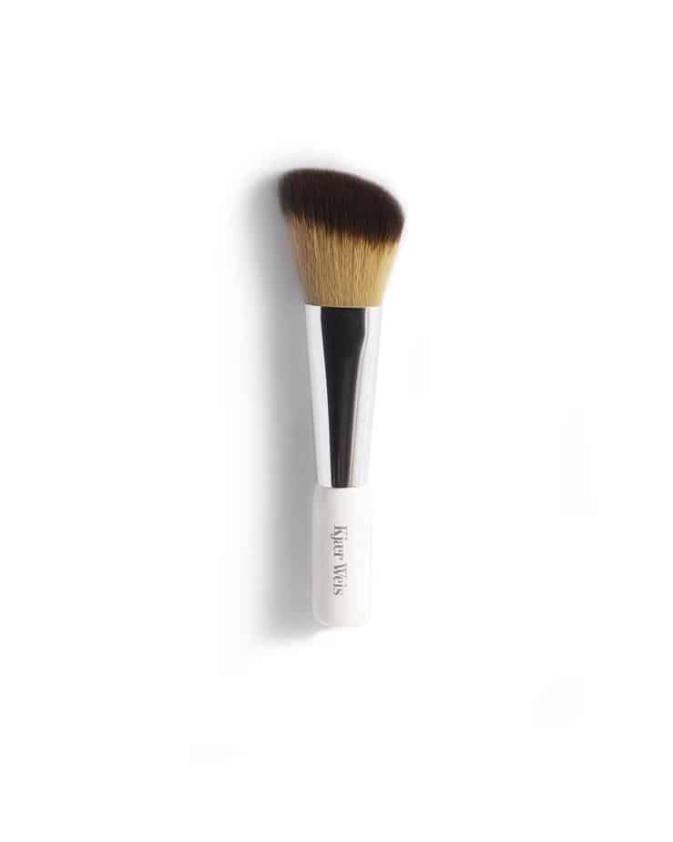 Powder-brush-Kjaer-weis